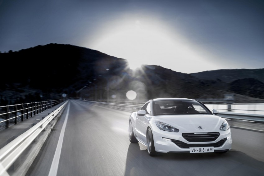 Peugeot RCZ facelift: first photos, attending Paris Image #130746
