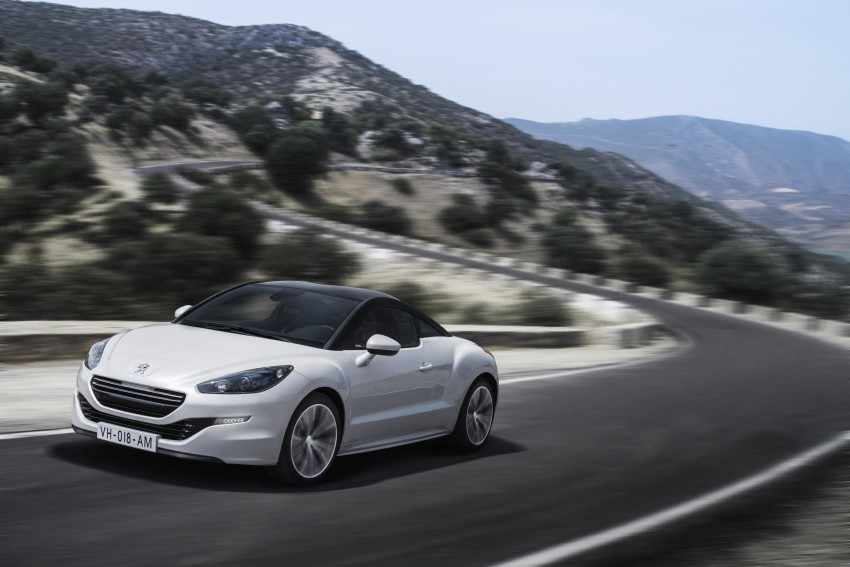 Peugeot RCZ facelift: first photos, attending Paris Image #130753