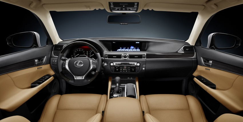 VIDEO: New Lexus GS and swimsuit model Tori Praver? Image #87810