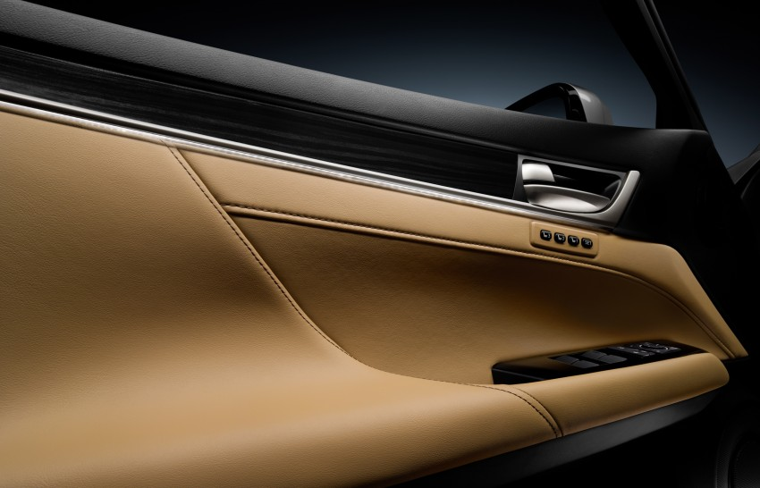 VIDEO: New Lexus GS and swimsuit model Tori Praver? Image #87813