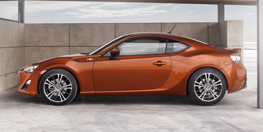 Toyota GT 86 all set for world debut in Tokyo Image #78159