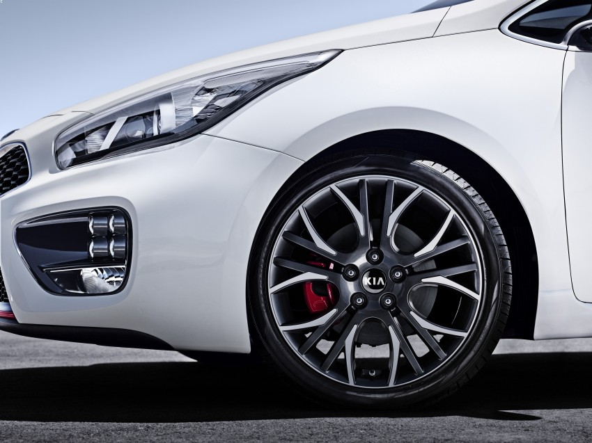 Kia cee'd GT and pro_cee'd GT to debut at Geneva Image #151409