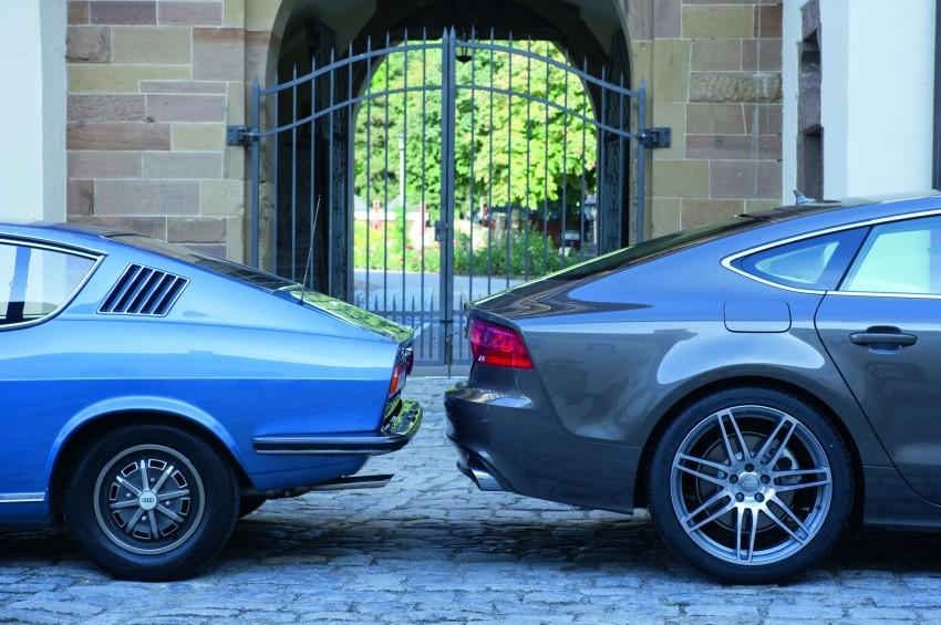 Audi A7 Sportback /Treffen der Generationen: Audi 100 Coup  S und A7 Sportback - Designikone der 1970er Jahre trifft Designikone von 2010