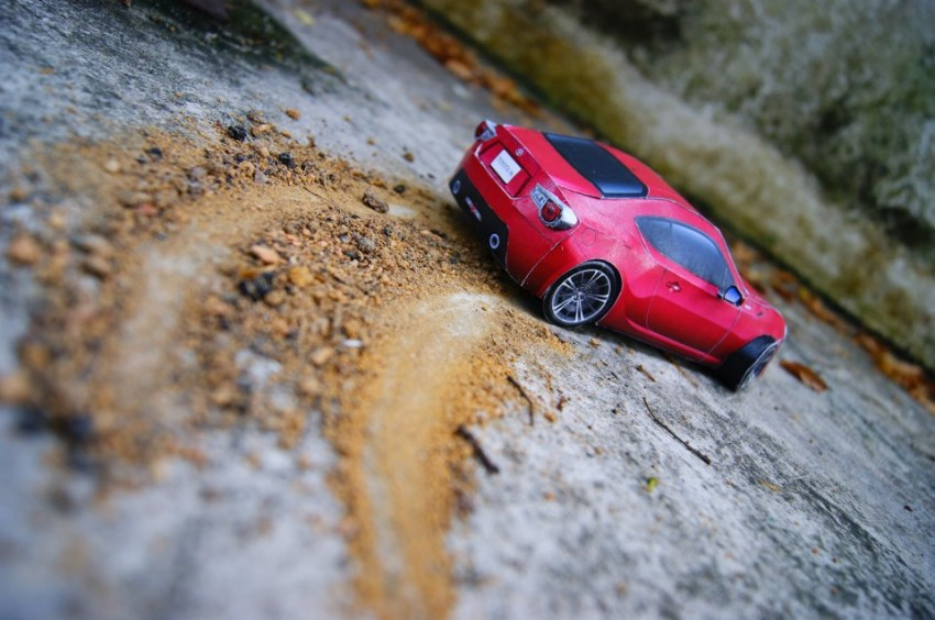 Toyota 86 assembled. Photo taken. Prize will be won. Image #104240