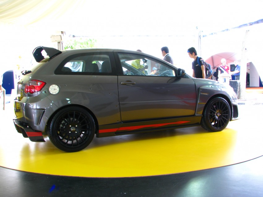R3 Artiga in the metal on show at Proton Power of 1 Image #93071