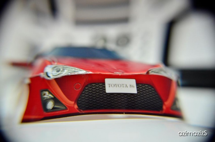 Toyota 86 assembled. Photo taken. Prize will be won. Image #104243