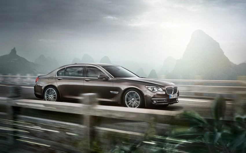 2012 BMW 7-Series LCI gets updated inside and out Image #108790