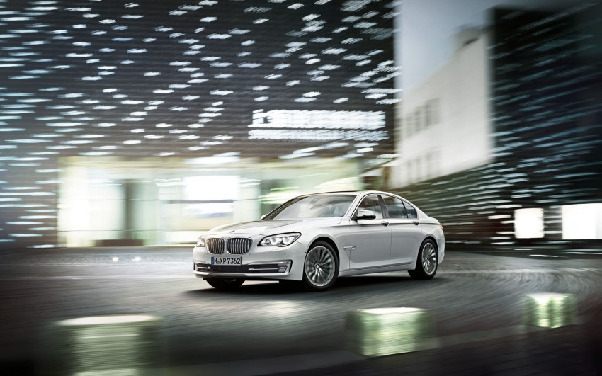 2012 BMW 7-Series LCI gets updated inside and out Image #108782