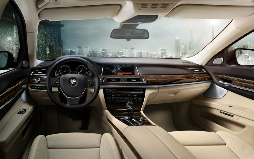 2012 BMW 7-Series LCI gets updated inside and out Image #108773