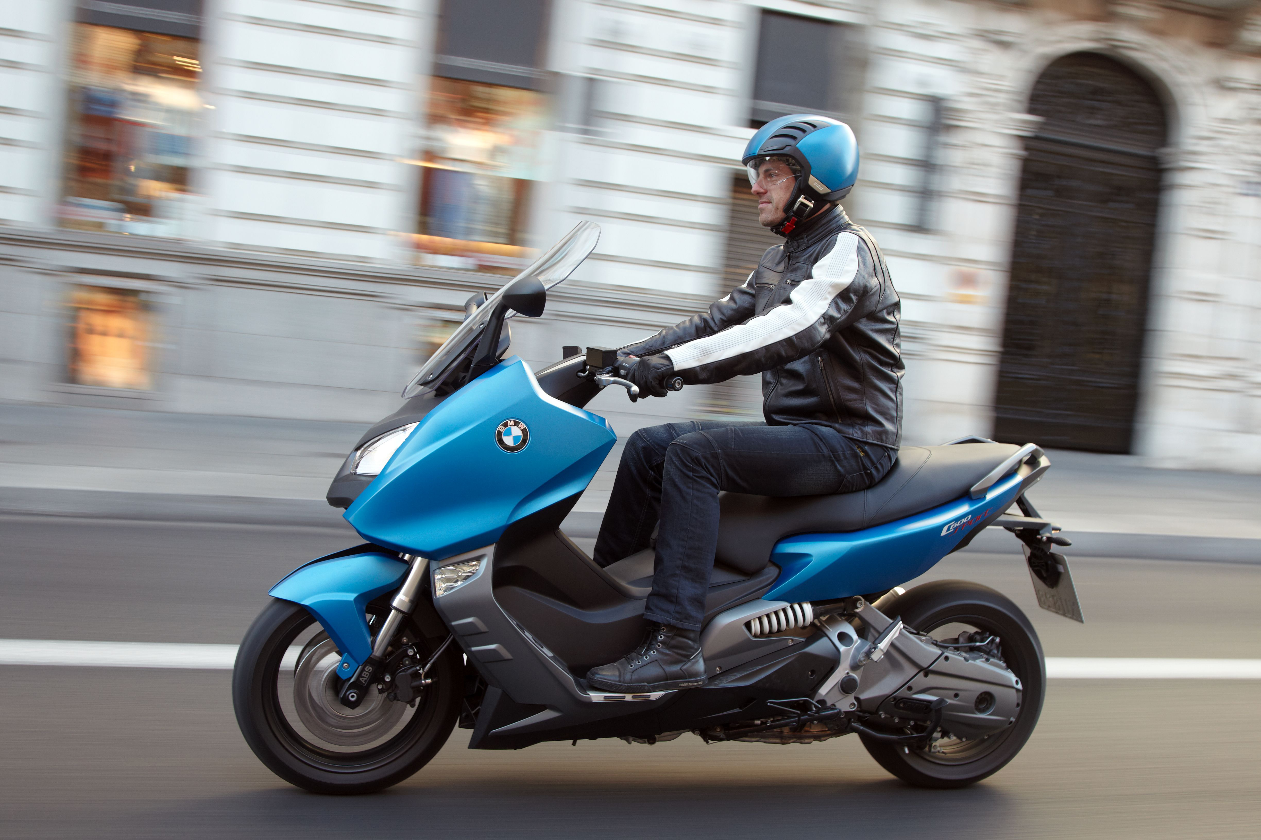BMW C600 Sport, C650 GT maxi scooters launched Paul Tan ...