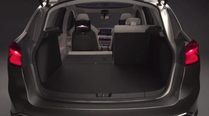 BMW-Concept-Active-Tourer-bootspace-002