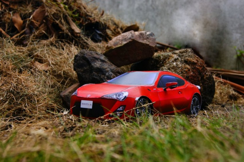Toyota 86 assembled. Photo taken. Prize will be won. Image #104244