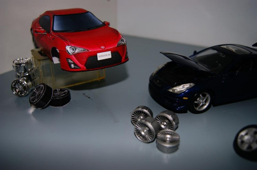 Toyota 86 assembled. Photo taken. Prize will be won. Image #104245