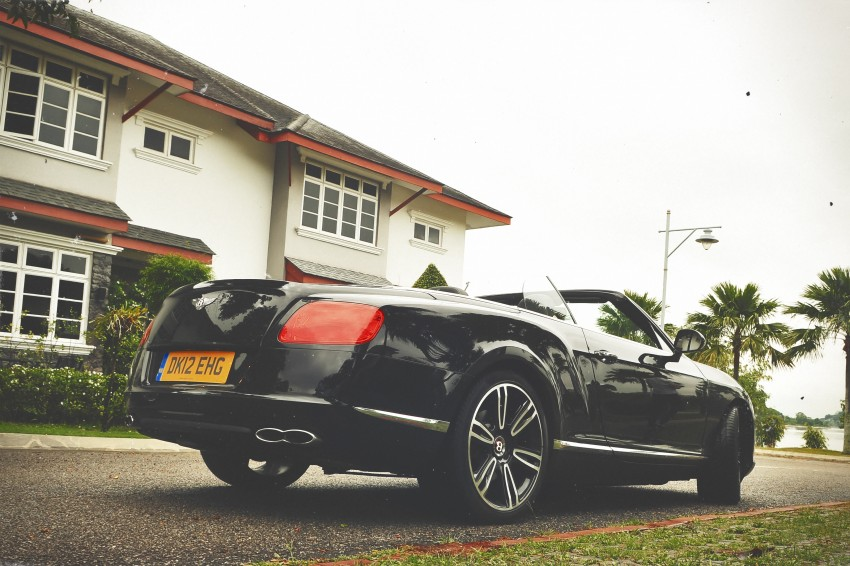 Bridging the generation gap: Bentley Continental GTC V8 and Mulsanne taken for a highway spin! Image #128040
