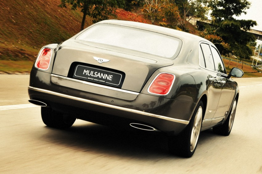 Bridging the generation gap: Bentley Continental GTC V8 and Mulsanne taken for a highway spin! Image #128042
