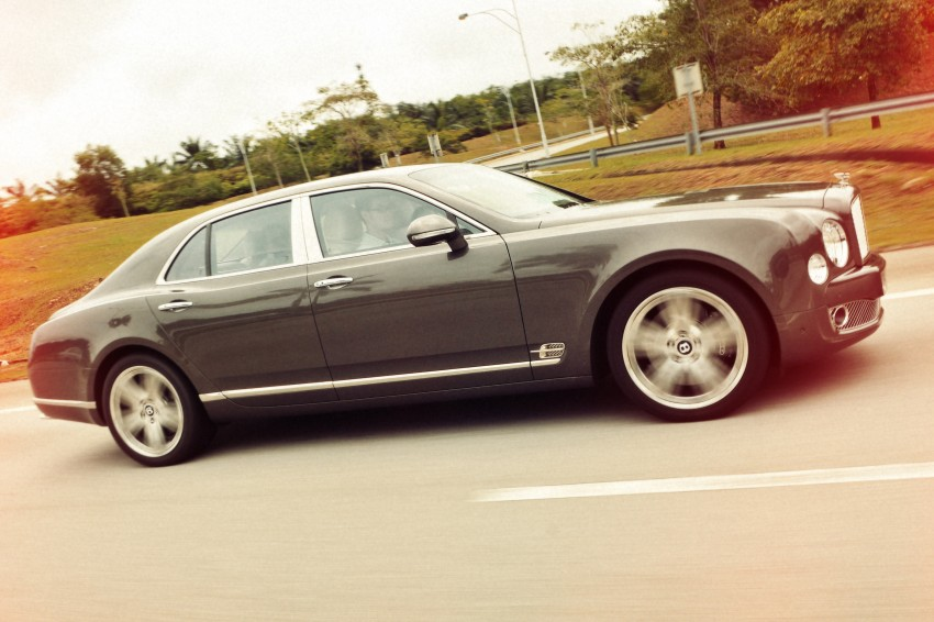 Bridging the generation gap: Bentley Continental GTC V8 and Mulsanne taken for a highway spin! Image #128043