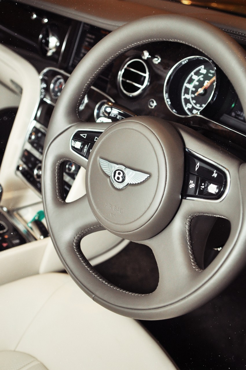 Bridging the generation gap: Bentley Continental GTC V8 and Mulsanne taken for a highway spin! Image #128044