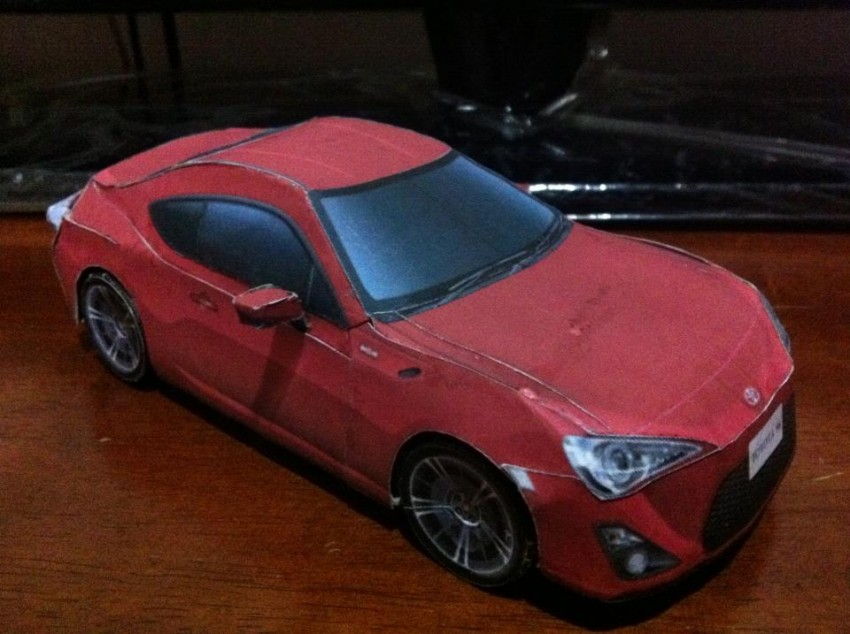 Toyota 86 assembled. Photo taken. Prize will be won. Image #104247