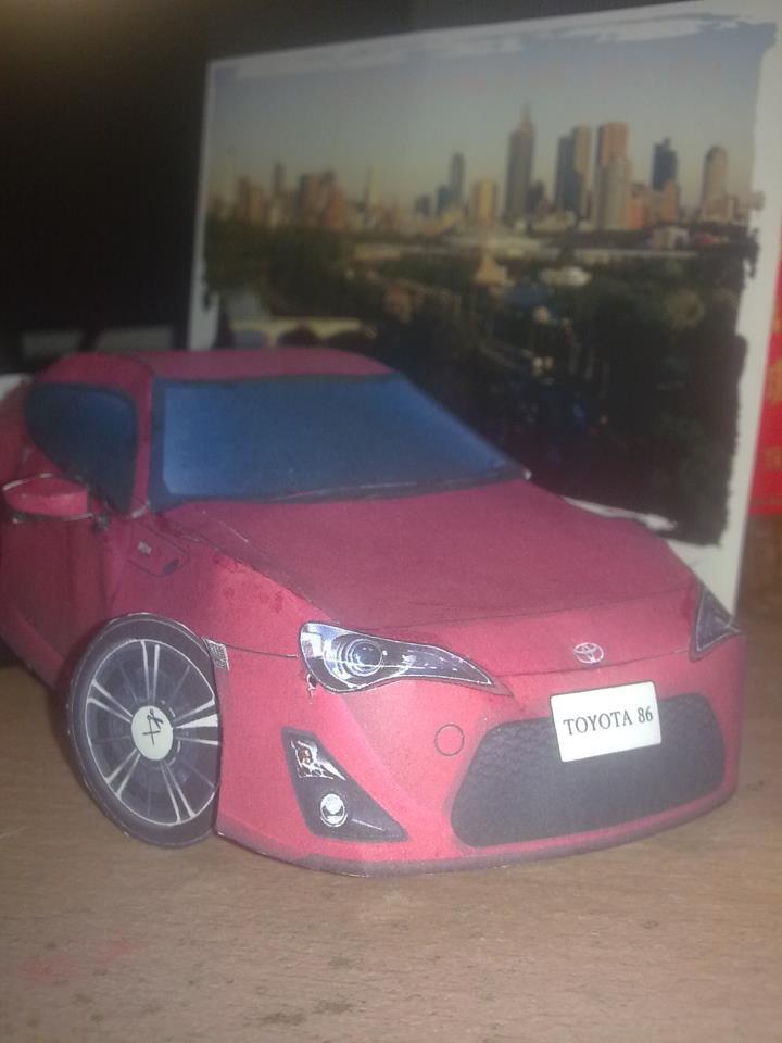 Toyota 86 assembled. Photo taken. Prize will be won. Image #104251