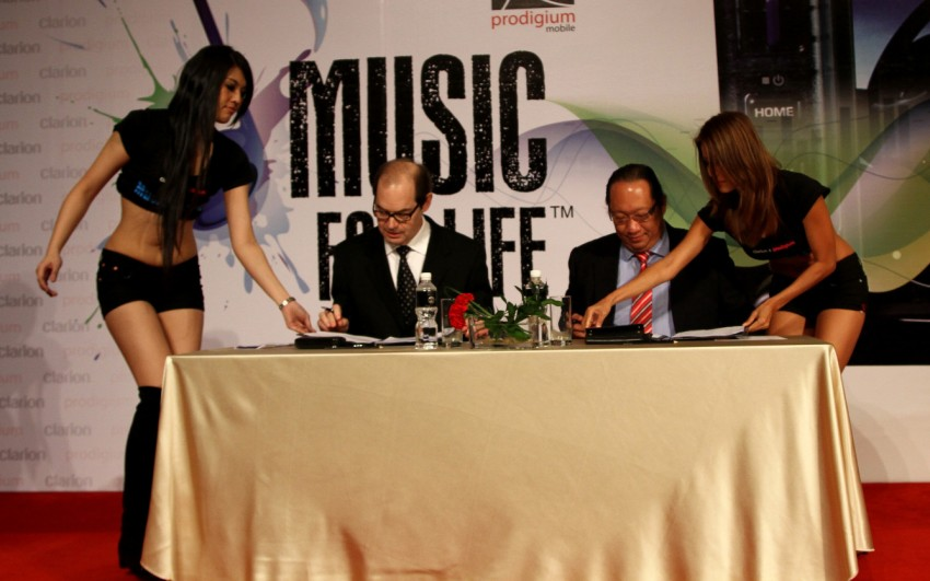 Clarion and Prodigium Mobile sign MoU for in-car DRM-free MP3 music store in Malaysia – 18,000,000 songs! Image #100147