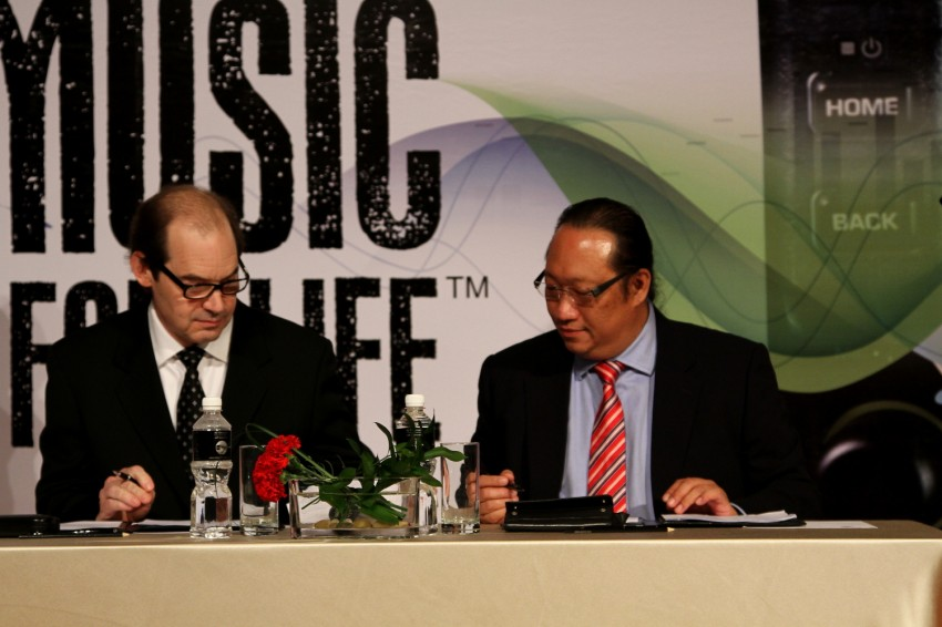 Clarion and Prodigium Mobile sign MoU for in-car DRM-free MP3 music store in Malaysia – 18,000,000 songs! Image #100148
