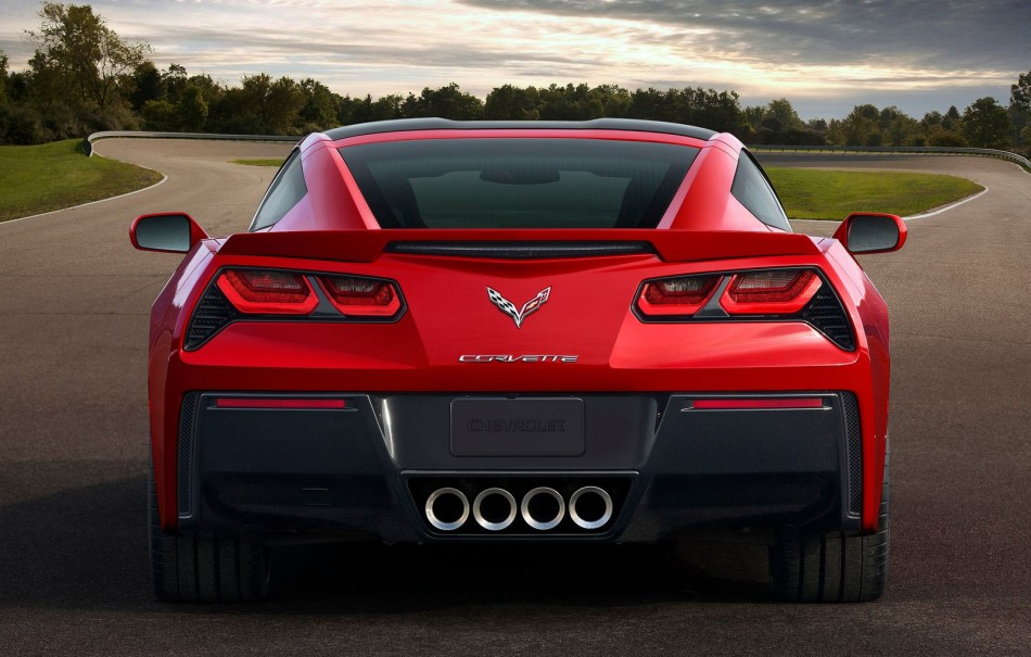 Corvette-C7-Stingray-03-950x605.jpg