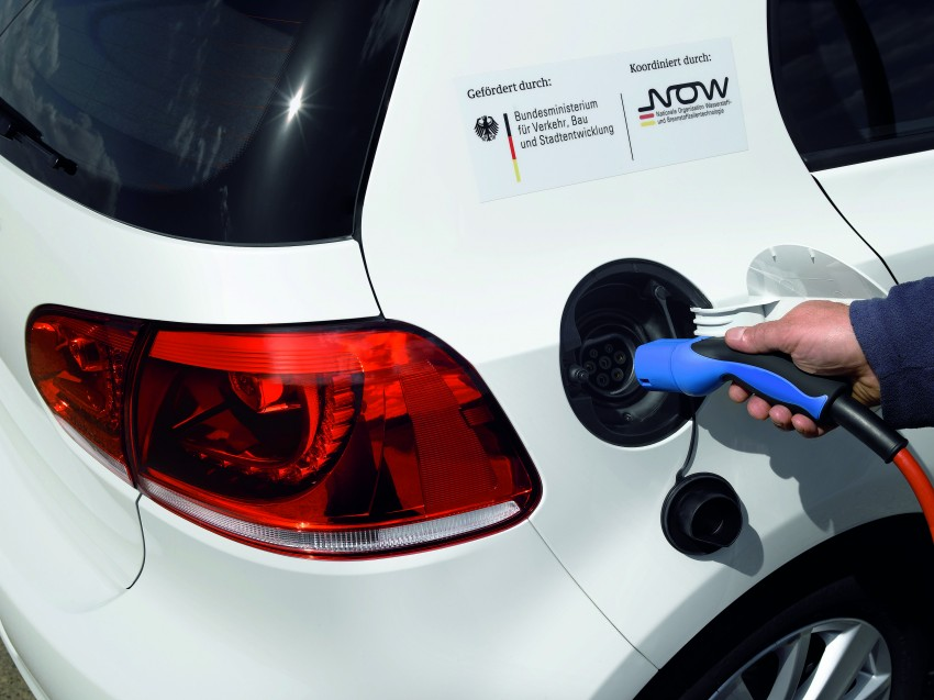 Electric Volkswagen Golf Blue-E-Motion prototype – a preview test drive in Wolfsburg, Germany Image #127843