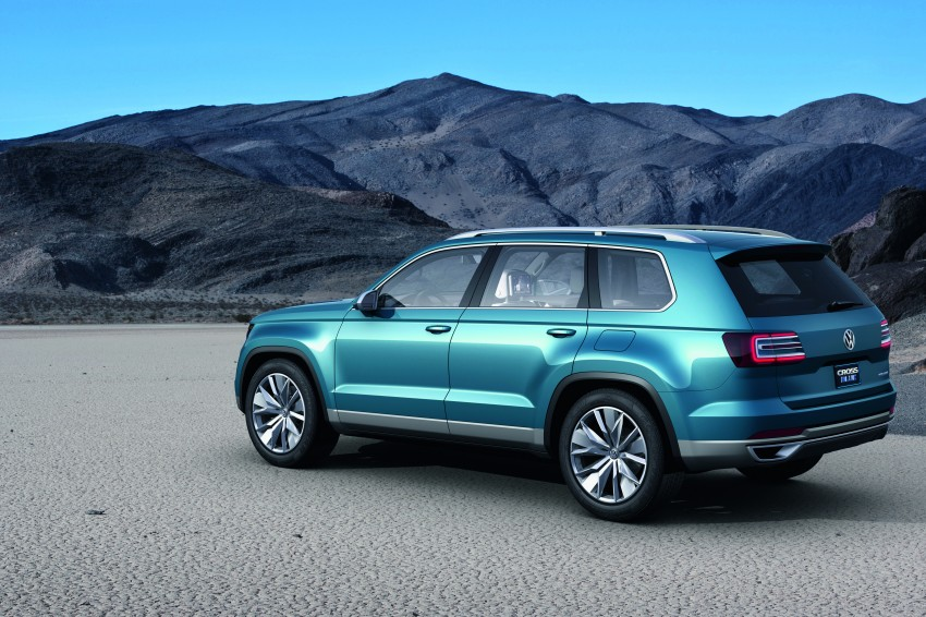 Volkswagen CrossBlue Concept: MQB-based 7-seater Image #149722