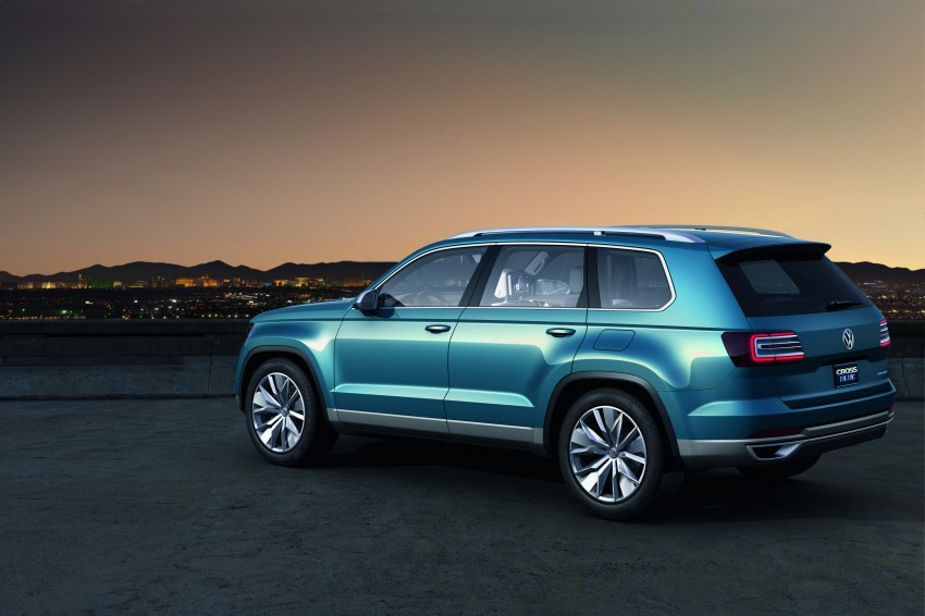 Volkswagen CrossBlue Concept: MQB-based 7-seater Image #149715