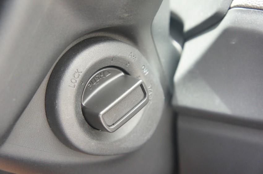 SUV shootout: Mitsubishi ASX vs Nissan X-Trail vs Honda CR-V vs Hyundai Tucson vs Peugeot 3008! Image #80568
