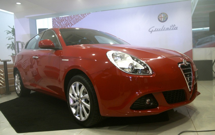 alfa romeo giulietta 1 4 tb multiair 170 hp rm178 888 paul tan image 105855. Black Bedroom Furniture Sets. Home Design Ideas