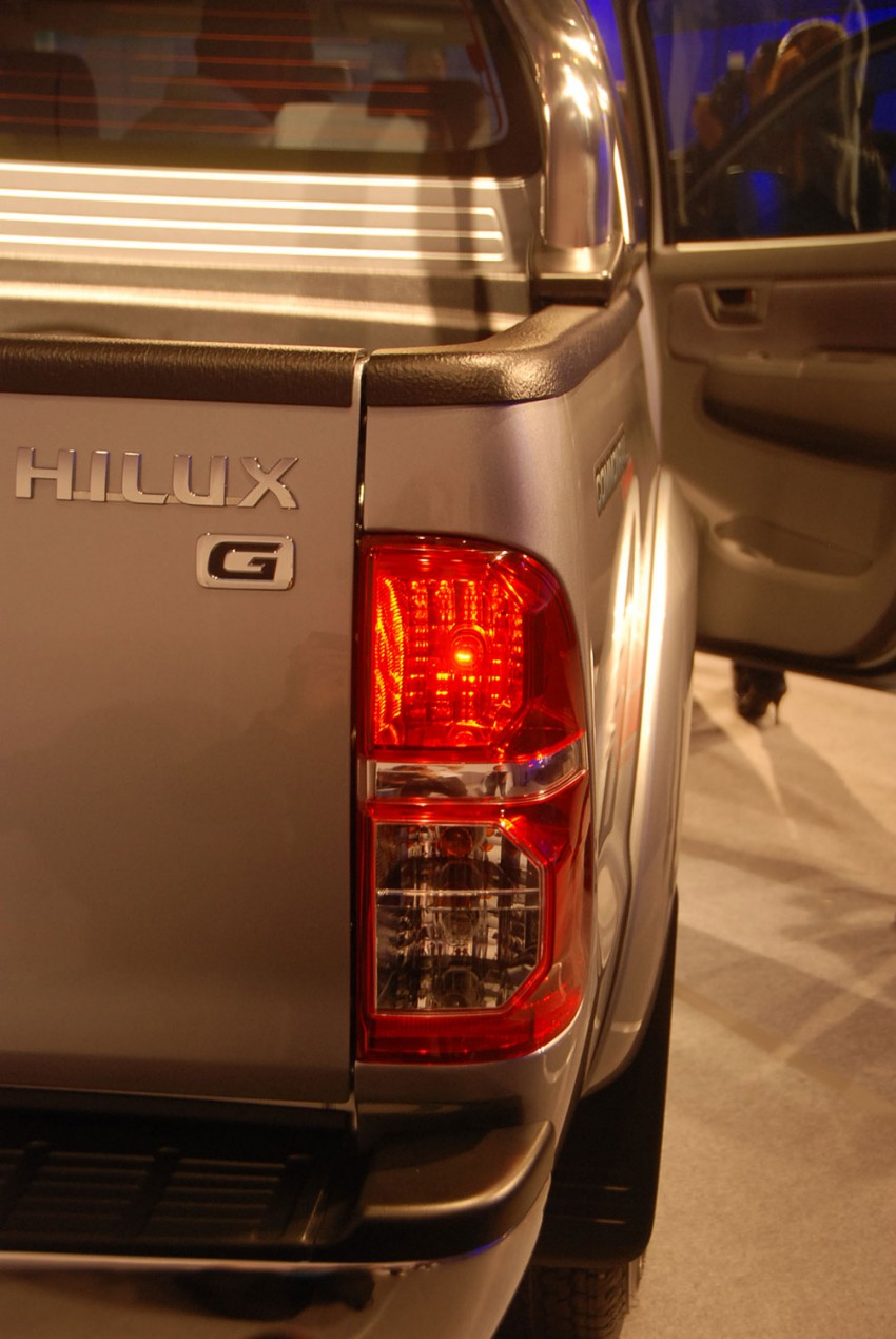 Toyota Hilux facelift launched: 5 variants, RM73k to 107k Image #69969