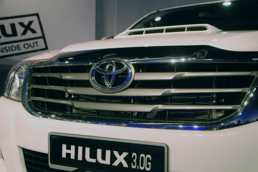 Toyota Hilux facelift launched: 5 variants, RM73k to 107k Image #69973