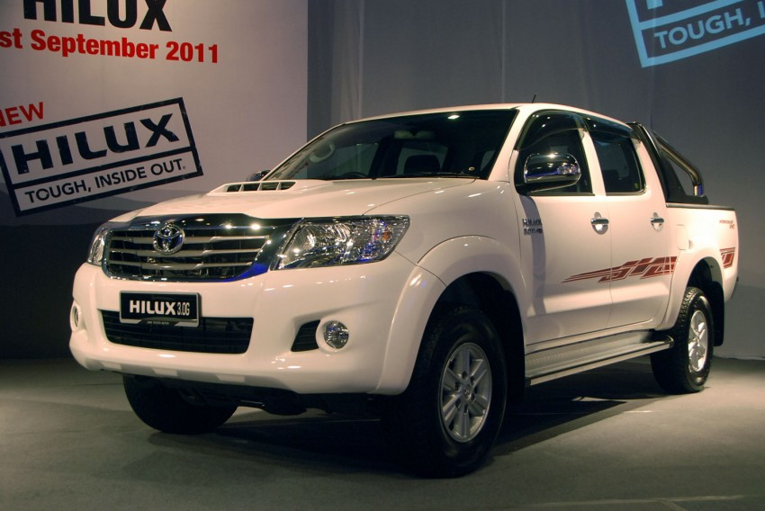 Toyota Hilux facelift launched: 5 variants, RM73k to 107k Image #69975