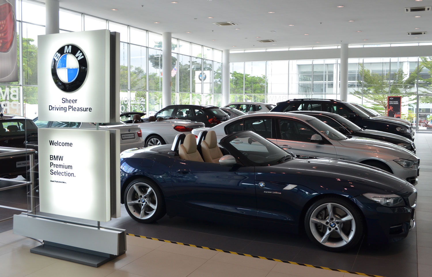 Pre Owned Audi >> BMW Premium Selection certified pre-owned cars at AB Glenmarie