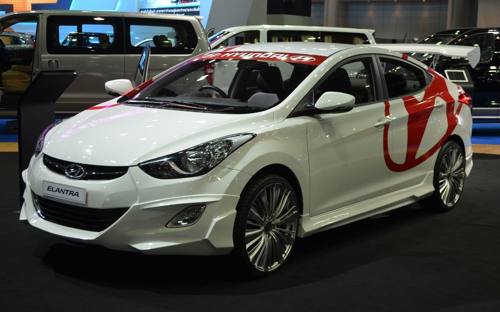 Thai Motor Expo Hyundai Elantra Gives You Wings