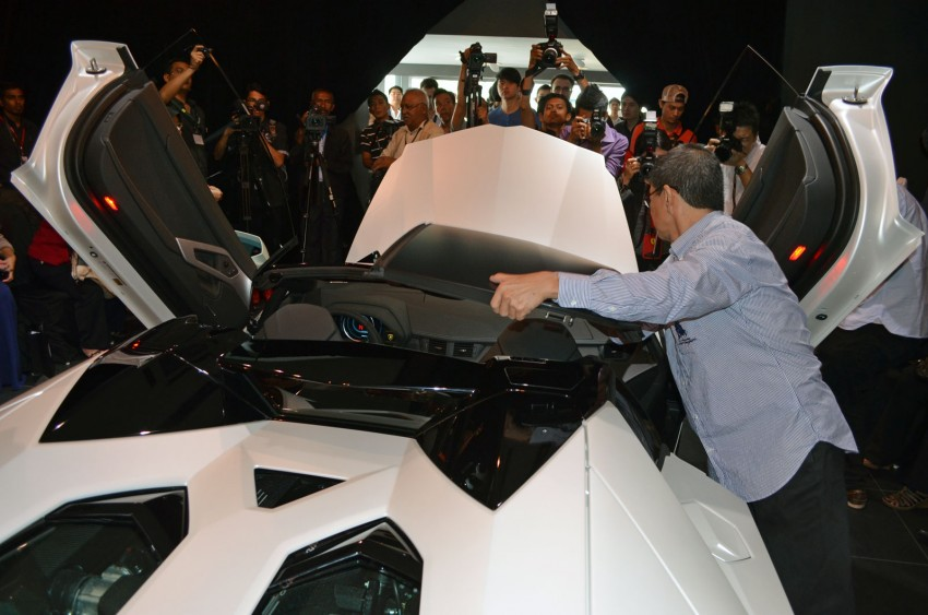 Lamborghini Aventador LP700-4 Roadster previewed in Malaysia – 18 months wait list, from RM3 million Image #142077