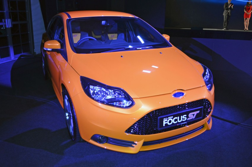 Ford Focus ST – the GTI challenger arrives, RM209k Image #131127