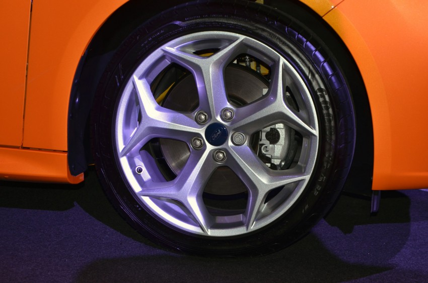 Ford Focus ST – the GTI challenger arrives, RM209k Image #131128