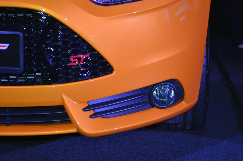 Ford Focus ST – the GTI challenger arrives, RM209k Image #131131