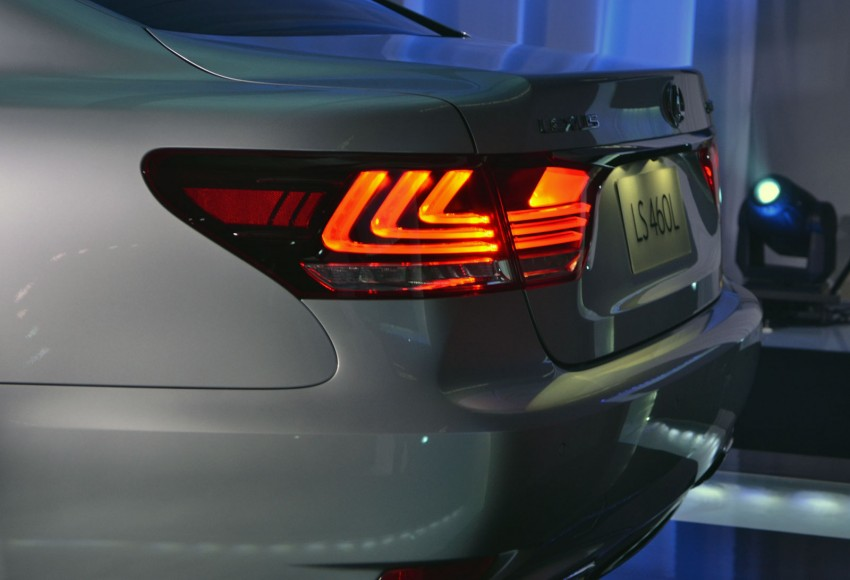 New Lexus LS launched – four variants, from RM788k Image #137813