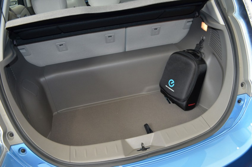 Nissan Leaf driven around the block – you can try it too! Image #104561