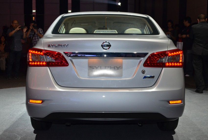 Nissan Sylphy launched in Thailand – new model gets improved 1.6, new 1.8, CVT; from 746,000 baht Image #127907