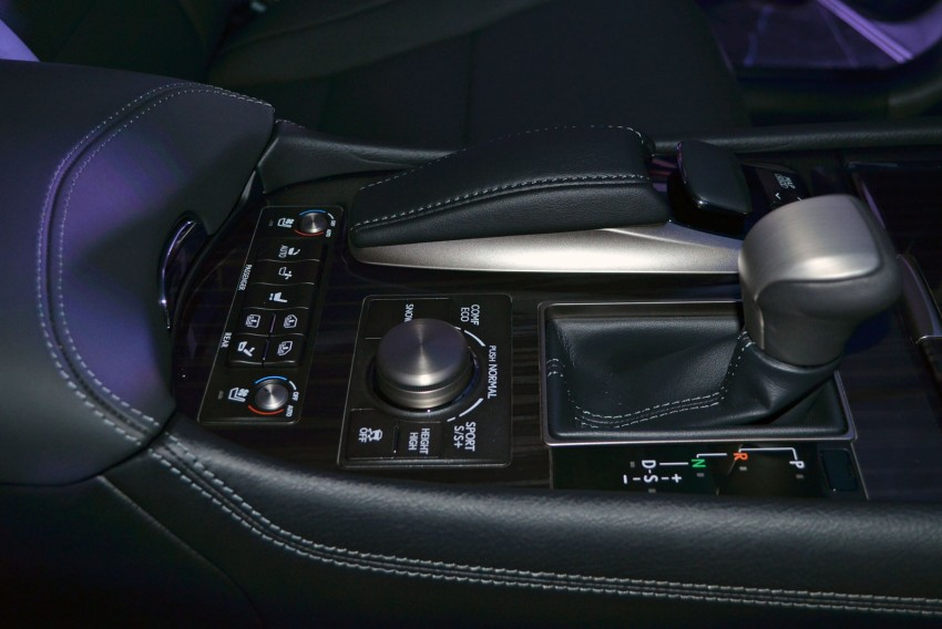 New Lexus LS launched – four variants, from RM788k Image #137824