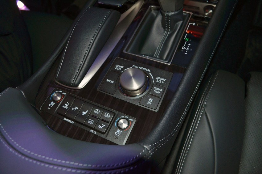 New Lexus LS launched – four variants, from RM788k Image #137826