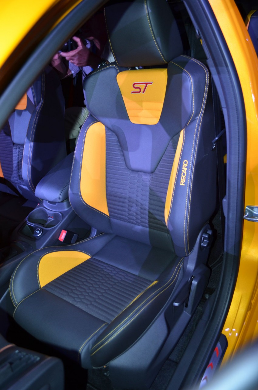 Ford Focus ST – the GTI challenger arrives, RM209k Image #131140