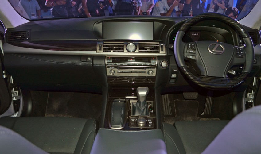 New Lexus LS launched – four variants, from RM788k Image #137831
