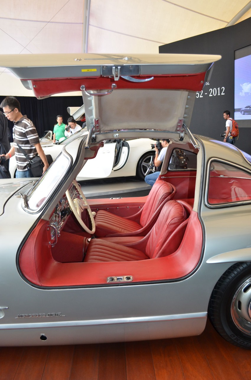 GALLERY: Five generations of the Mercedes-Benz SL Image #140475
