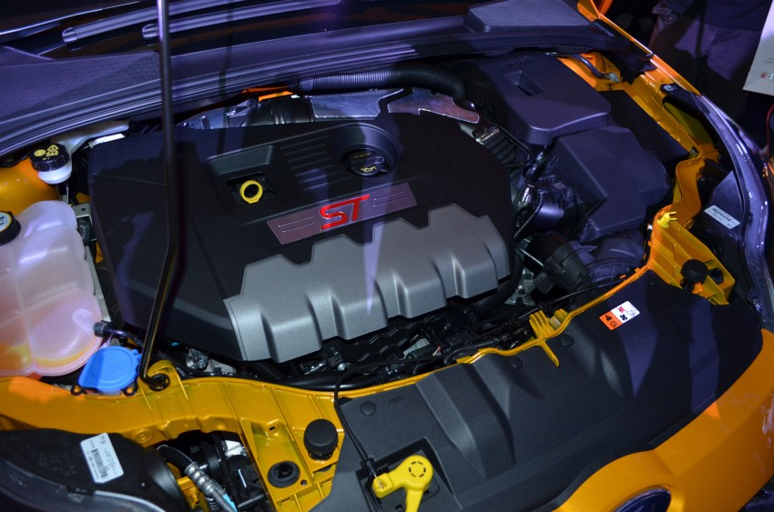 Ford Focus ST – the GTI challenger arrives, RM209k Image #131147