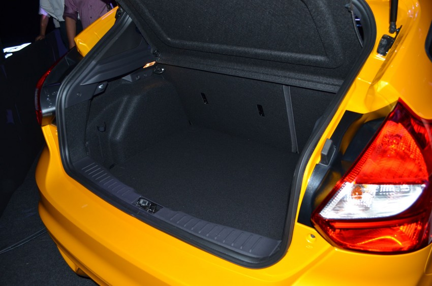 Ford Focus ST – the GTI challenger arrives, RM209k Image #131148